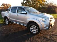 2010 TOYOTA HILUX INVINCIBLE AUTO LOVELY SPEC WITH LOW MILEAGE NO VAT