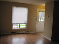 4 Bedroom Student House for Rent - INCLUSIVE and Downtown