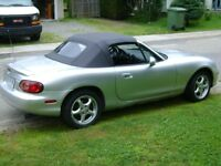 2001 Mazda MX-5 Miata roadster Convertible