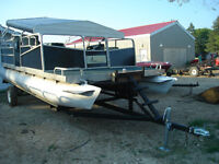 20' pontoon boat and trailer