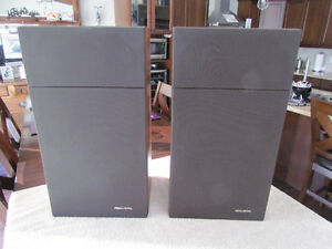 Vintage Realistic Optimus 30 Speakers- Refoamed