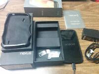 Unlocked MINT Nexus 4 16GB w/ 2 Cases & Original Everything
