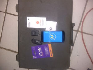 """MOTOROLA E5 5.2""""screen lot of features   new , for sale."""
