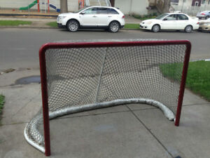 Professional Steel Hockey Net with Protective Arena Netting