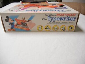 MICKEY MOUSE TYPEWRITER - WITH BOX - 1975 Windsor Region Ontario image 6
