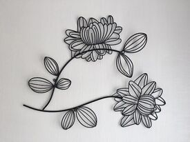 Black iron wall art £3