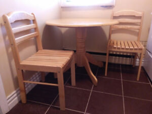 Stylish and sturdy table and 2 chairs