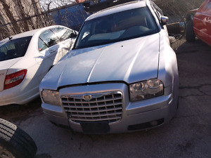 Chrysler 300c Part Out!