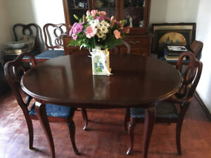 Classic Duncan Phyfe Dining Set and Buffet