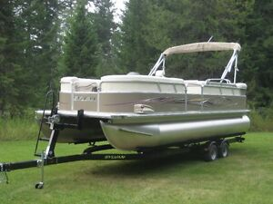 2011 Sylvan 22 Foot Pontoon Boatt