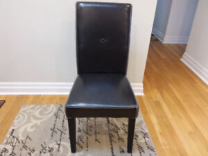 6 Dining Room / Kitchen Chairs for sale