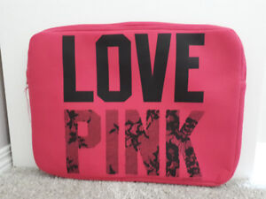LOVE PINK Victoria's Secret Laptop Cover - fits up to 17""