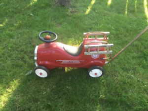 Radio Flyer Mini Ride On Fire Truck