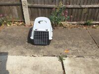 Cat/pet carrier
