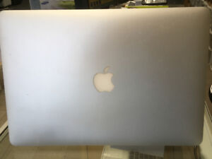 """15.4"""" MACBOOK PRO W/ RETINA DISPLAY! ONLY FOR $1199"""
