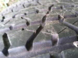 2 pneu éte  215/70R15 bons pour 2-3 été, 60$ les 2