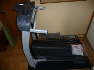 REDUCED! TREADCLIMBER & ELLIPTICAL