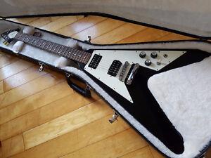 2010 Gibson Flying V (Ebony Black!!!)