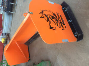 BUYERS HEAVY DUTY SCOOP DOGG SNOW PUSHER