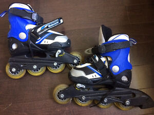 Kids roller blades - adustable to sizes 11-1