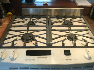 "Kitchen Aid 30"" Slide in Gas Oven/Range"
