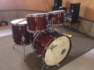 Gretsch 70s vintage USA custom kit in excellent condition
