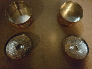 "2 Vintage 1950s Scottish Floral ""Gray Dunn"" Biscuit/Cookie Tins"