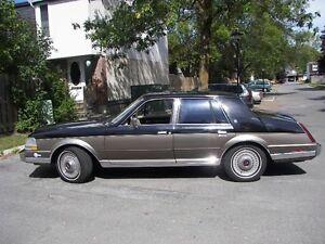 1985 Lincoln Continental (Valentino Edition)