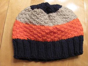 Tuque tricoté à la main