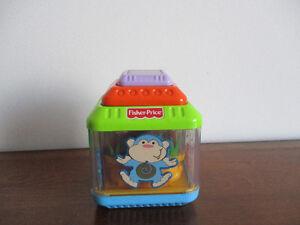 Gros Cube  De  Bloks  Pour  Bébé De  Fisher Price  4x4