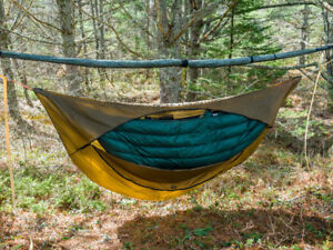 Hammock Top & UnderQuilt from Underground Quilts 850 Goose Down