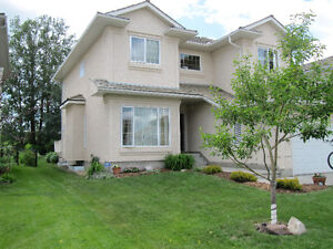 Spacious 5 Bedroom 2 Storey Backing Onto Golf Course
