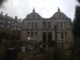 Large Haunted 3 Bedroom Flat on Mackie Place