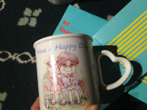 "Holly Hobbie collectors mug New w/giftbox ""Have a Happy Day""1990"