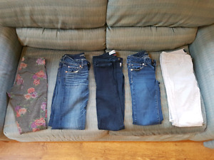 American Eagle Jeans - NEED GONE ASAP