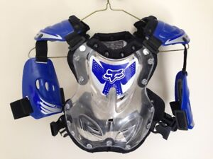 FOX YOUTH S OFFROAD CHEST ROOST PROTECTOR (ALMOST NEW)