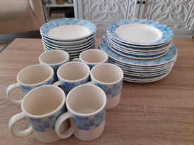 Blue White Chequered Border 29pc Dinner Service Set