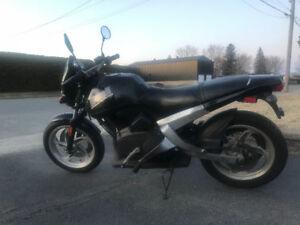 Moto Buell Blast 500