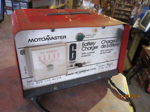 Vintage MOTOMASTER 6 Amp Battery Charger For Sale