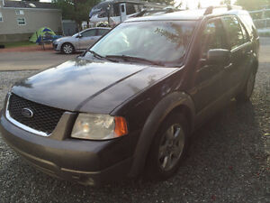 2005 Ford FreeStyle/Taurus X silver SUV, Crossover