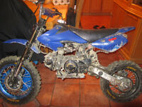 MOTOCROSS 125CC MANUEL MECANIQUE A1 TOP DU TOP!!!