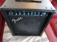 BASS AMPLIFIER FENDER 25 WATTS LIKE NEW MADE IN MEXICO $110 ONLY