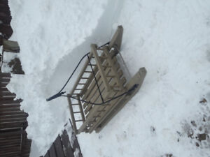 Lite weight country sleighs. MAKE A REASONABLE OFFER OFFER
