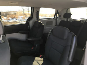 2010 Dodge Caravan SE  Stow $ Go Minivan, Van