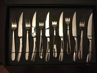 Brand new 12-piece Paderno Steak Knive and Fork Set