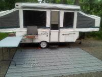 12 foot 2002 Palomino tent trailer