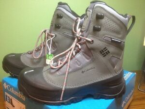 Brand New Men's Size 8 Columbia Winter Boots