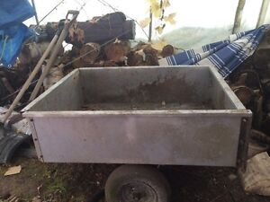Wagon for riding lawn mower