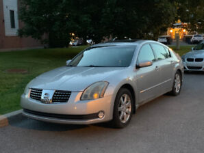 2005 Nissan Maxima SL 88KM FULLY LOADED! Leather, heated seats..