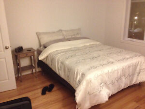 Immaculate Bedroom Set - Relocation Sale *urgent*